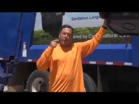 Longview Mayor participates in #IceBucketChallenge
