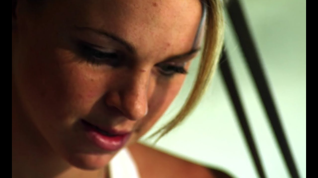 Meet Triathlete Kirsten Sweetland - Red Bull Playgrounds 2013