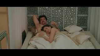 Download Video Amisha Patel In Bikini, Kissing Scene With Anil Kapoor In Bed MP3 3GP MP4