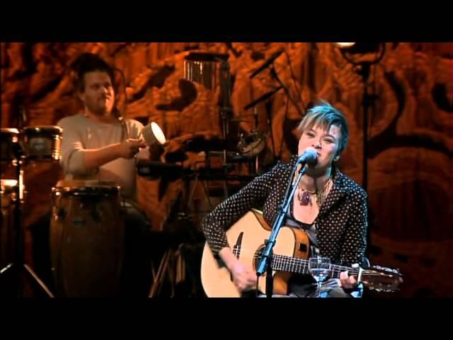 maria-gadu-escudos-dvd-multishow-ao-vivo-video-oficial-maria-gadu