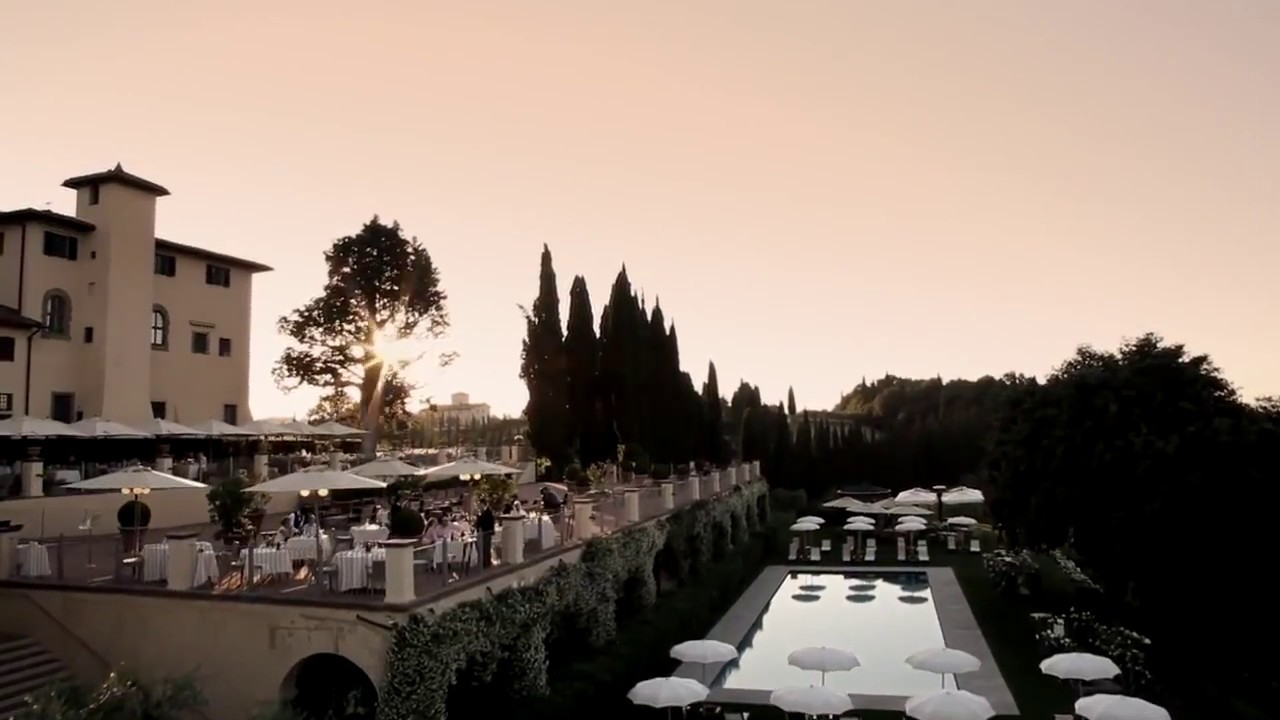 Hotel With 2 Carpet Tennis Courts In Florence Italy