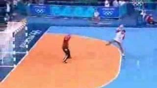 Croatian Handball - Niksa Kaleb amazing goal - Olympics 2004