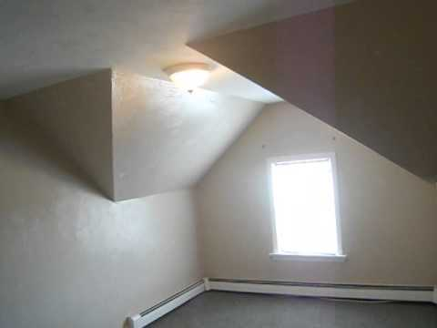 Room for rent in 3 bedroom/2 bathroom apartment