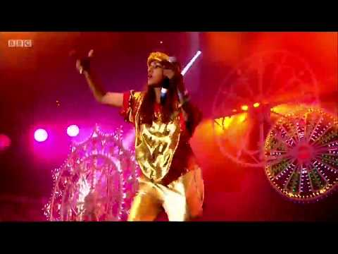 M.I.A. - Bring The Noize remix at Matangi Tour in London /Glastonbury  2014