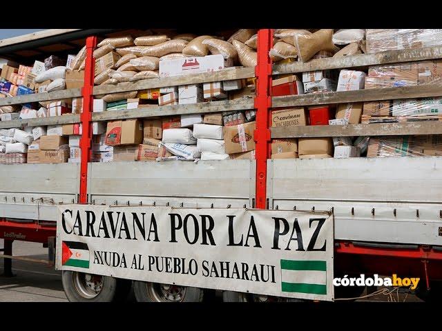 La Caravana por la Paz lleva 28.000 kilos de esperanza al Sahara