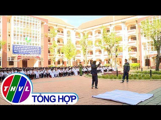 THVL | Tuyên truyền pháp luật, cấp CMND tại Trường THPT Lưu Văn Liệt