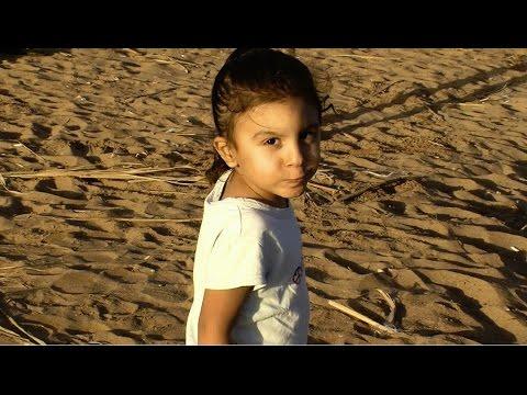 Small boy with nude bhabhi