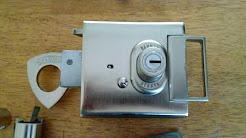 📞 01184492441 change lock or cylinder in RG6 Earley Reading Berkshire Expert Locksmiths