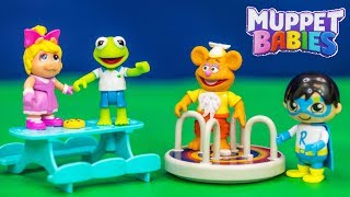 Muppet Babies Schoolhouse with Kermit and Ryan Toy Reviews and the Assistant