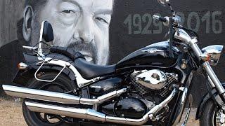 SUZUKI VZ800 INTRUDER (M800) and Bud Spencer graffiti