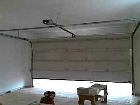 hormann porta seccional lpu 40 youtube. Black Bedroom Furniture Sets. Home Design Ideas
