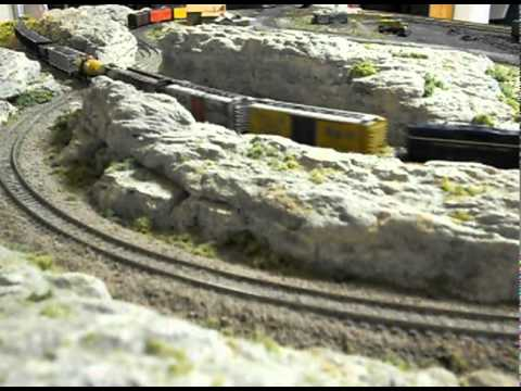 3 x 5 ft. N Scale Train Layout
