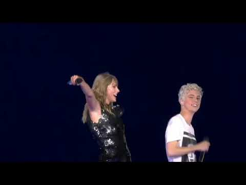 Taylor Swift Feat. Troye Sivan - My My My live Reputation Tour