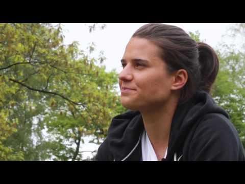 Dzsenifer Marozsan im Interview über ihre Kindheit