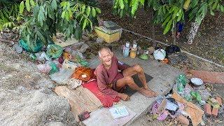 Cuộc sống kỳ lạ của ông cụ 30 năm không ăn cơm, chỉ uống nước để sống