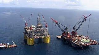 تراجع أسعار النفط إلى مادون 40 دولارا للبرميل - economy