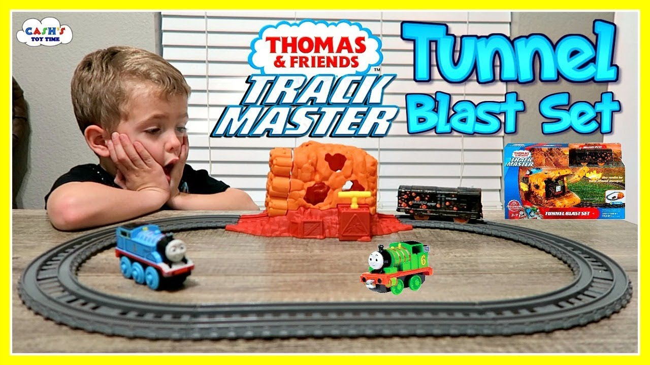 e20e6c3534b THOMAS & FRIENDS Track Master Tunnel Blast Set Toy Review - YouTube