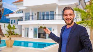 Недвижимость в Турции Дом с бассейном у моря в Турции Аланья Вилла в Алании Турция