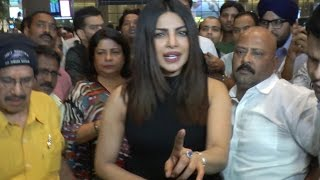 Priyanka Chopra gets ANGRY on Media when MOBBED