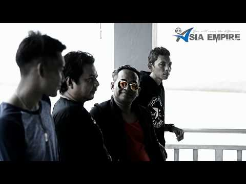D'onband - Mimpi Semalam ( Official Music Video )