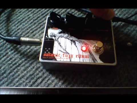 Satanic Fuzz Ritual Fuzz Pedal - Nine of Swords Effects. Handcrafted in the UK