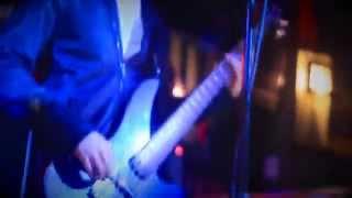 Tarde Gris - Ender (en vivo) Pool Garage Bar