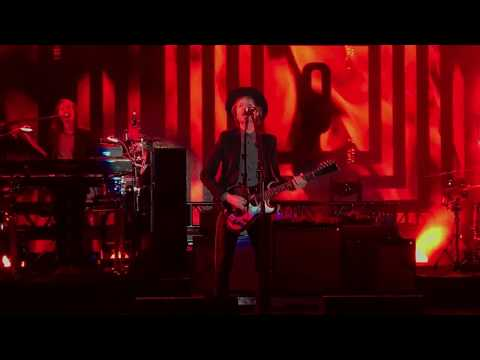 Beck, Devil's Haircut (Live), 09.09.2017, Stir Concert Cove, Council Bluffs IA