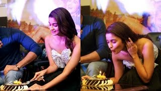 Alia Bhatt Celebrate Her Birthday At Kapoor And Sons Promotion