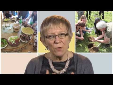 Food, nutrition and poverty - An overview by Elizabeth Dowler