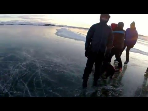 Затонувший вагон на Байкале