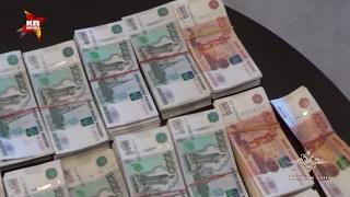 50 хакеров обчистили счета россиян на миллиард рублей