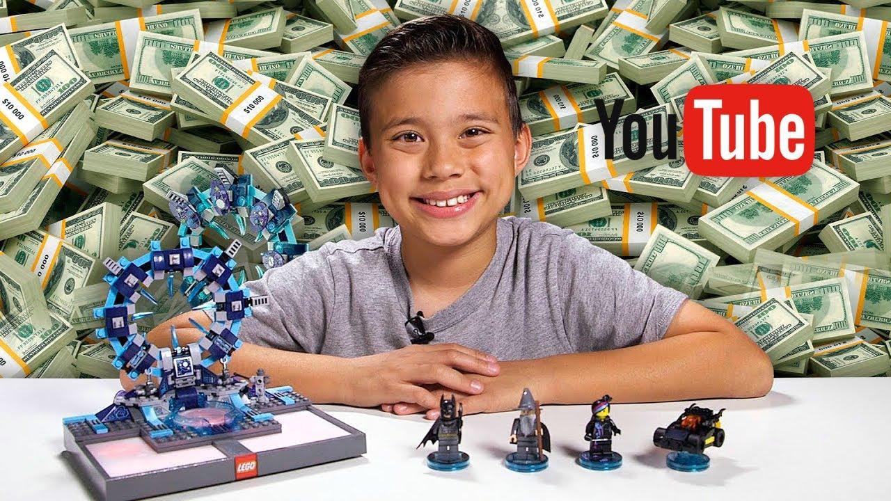 أغنى طفل في العالم  صاحب قناة على اليوتيوب !