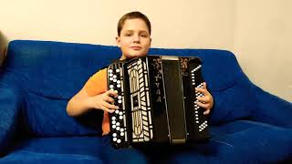 Бумер.Мой сын 11лет за один день изучил данную мелодию.
