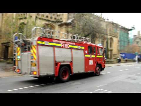 Oxford, UK - Firetruck responding, December 2009