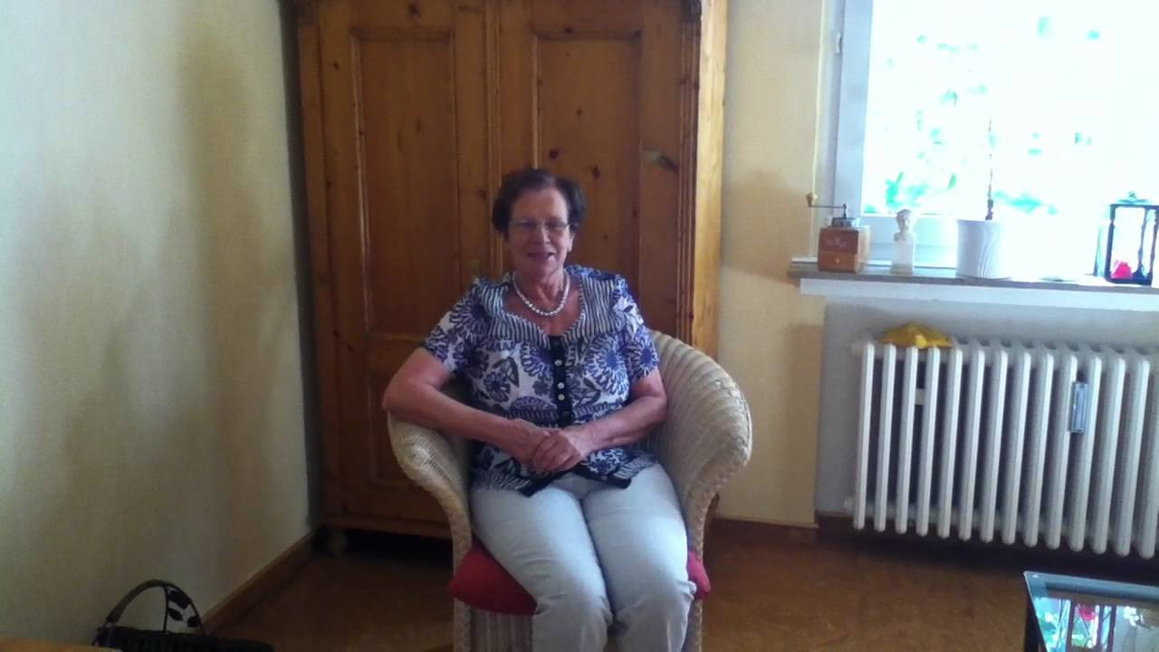 Omas Video 001 - YouTube