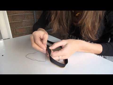 cbab03d64ef4 DIY Pulsera rockera con cremallera - YouTube