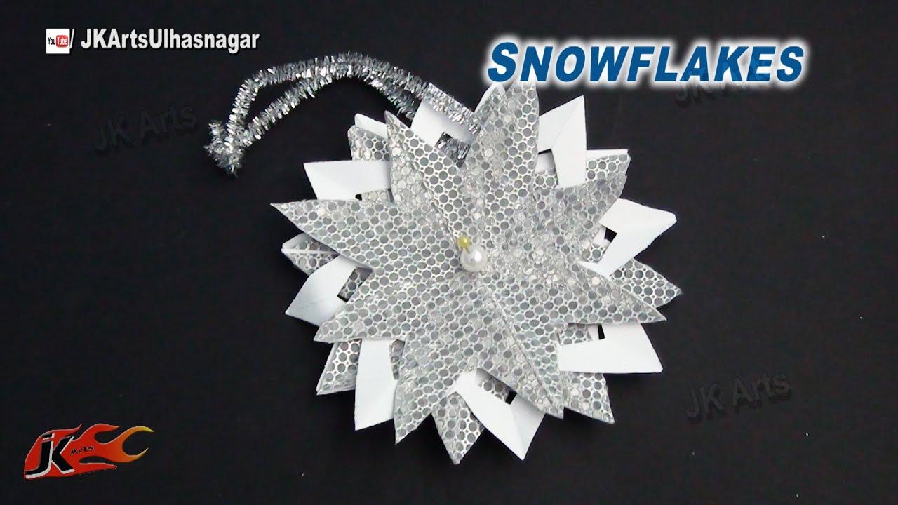 Make paper christmas decorations snowflakes - How To Make Paper Snowflakes Diy Christmas Decoration Ideas Jk Arts 787