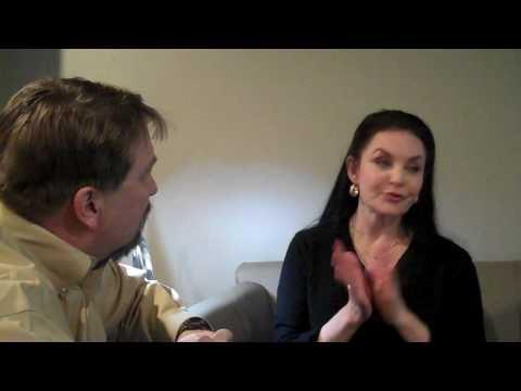 Bob Pickett visits with Crystal Gayle