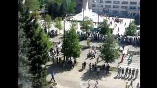 Токмак 1 мая 2013г Запорожская область.(Демонстрация и первомайский праздник на центральной площади города Токмака., 2015-10-04T13:31:12.000Z)