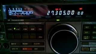 Stasiun 27 MHz dari Manado di Stasiun Radio Debus, Pamulang, Banten BY 91SD257