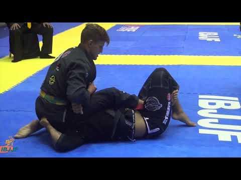 Nicholas Meregali vs Igor Schneider  Campeonato Brasileiro de Jiu-Jitsu 2018