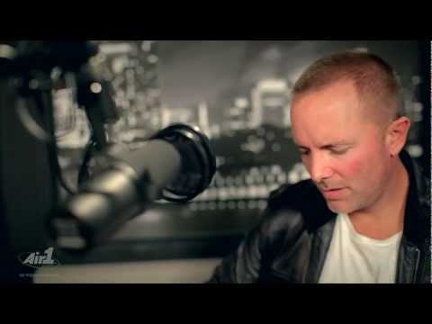 Air1 - Chris Tomlin