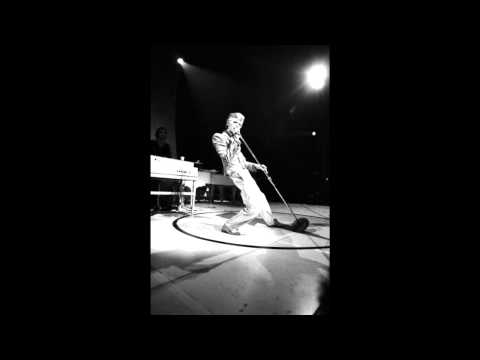 David Bowie- John, I'm Only Dancing (Again) (Single Version)