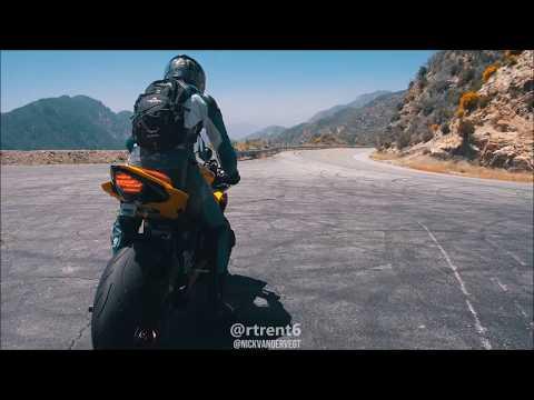 Yamaha R6 VERY LOUD Flybys & Knee Down