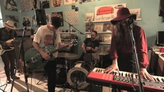 "Houndmouth - ""Sedona/Black Gold"" from Guestroom, Louisville"