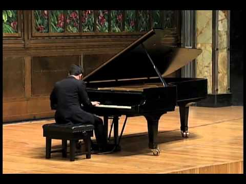 Inon Barnatan plays Schubert sonata in C minor D.958, mvt. I