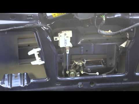 VW Golf Mk4 Hatchback - Tailgate Lock Mechanism - Unlocking