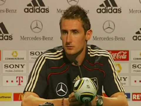 FIFA World Cup 2010 - Klose talks about lack of cohesion in England and hopes vs Argentina