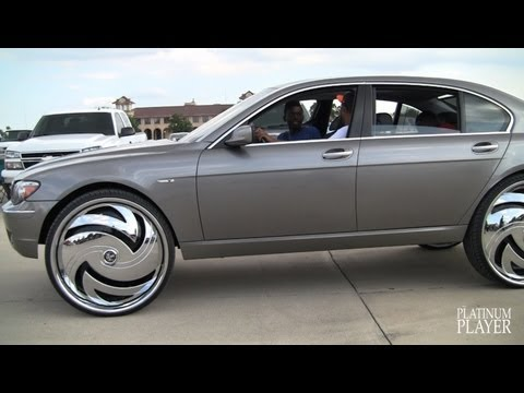 BMW 750Li on 30 INCH RIMS- DETROIT