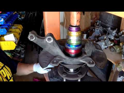 Honda Element or crv wheel bearing replace.